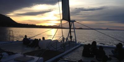 Mundomarino-Puesta de sol en catamarán desde Dénia-Sunset cruise Dénia-Posta de sol en catamarà en Dénia