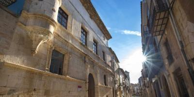 AYUNTAMIENTO DE SANT MATEU-El esplendor medieval de Sant Mateu. Visita guiada-The magnificent medieval past of Sant Mateu. Guided tour-L'esplendorós passat medieval de Sant Mateu.Visita guiada
