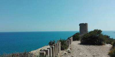 Love Cycling Tours-Pedaleando la Costa, secretos del Mediterráneo-Pedalling along the coast. Secrets of the Mediterranean-Pedalejant la costa, secrets del Mediterrani