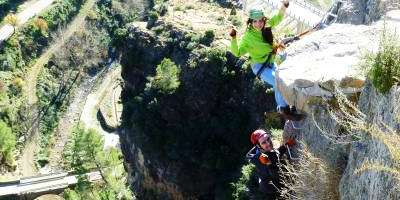 Viunatura-Desafiando al vértigo en Villahermosa del Río-Challenging vertigo at Villahermosa del Río-Desafiant al vertigen a Villahermosa