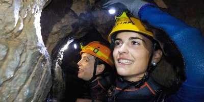 Sargantana Aventura-Espeleología acuática en la cueva del Toro-Water caving in Cueva del Toro-Espeleologia aquàtica en la Cova del Toro