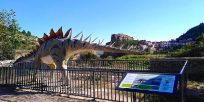Alpuente turístico-Disfruta con los dinosaurios de Alpuente-Enjoy knowing the dinosaurs of Alpuente-Gaudeix amb els dinosaures d'Alpuente