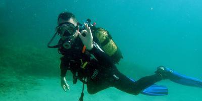 Centro de buceo SCUBA ELX-Bautismo de buceo desde barco en Santa Pola-Scuba try dive from boat in Santa Pola-Baptisme de busseig des de vaixell a Santa Pola