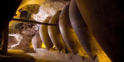 Ayuntamiento de Requena-Cuevas de La Villa de Requena-Cuevas de La Villa of Requena-Coves de La Vila de Requena