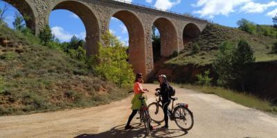 Ojos Negros, la Vía Verde más llarga de España en bici