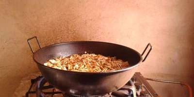 The paella of the valleys: cooking and tasting session