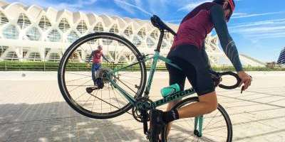 Enjoy Valencia as a local cyclist