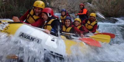White-water rafting in Montanejos