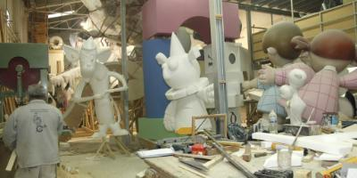 Workshop with a Fallas artist